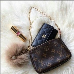 💯Authentic NWT Louis Vuitton Mini Pochette